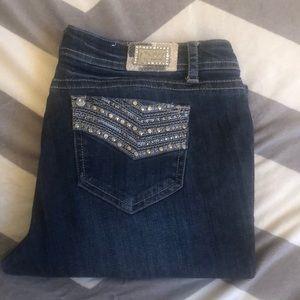 Grace brand Denim Capris with design pockets